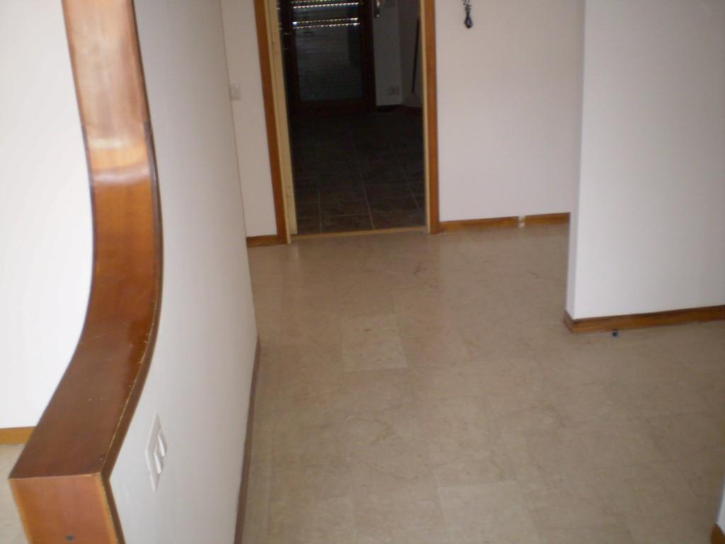 5 Vani MONTECATINI TERME (PT) Slendido appartamento posto al piano primo.