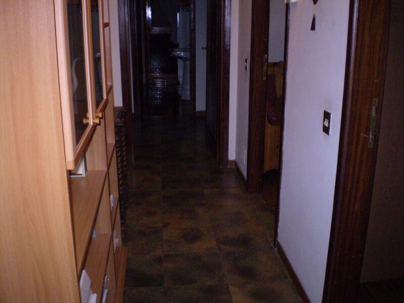 4 Vani MONTECATINI TERME (PT) Appartamento zona residenziale.