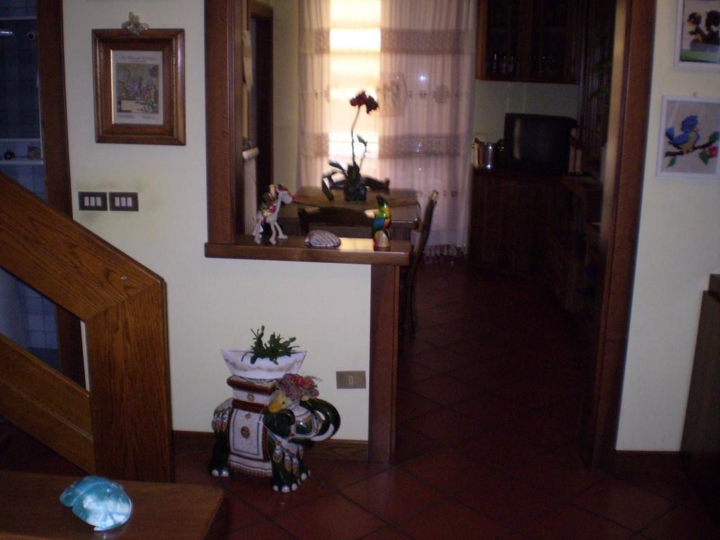 3 Vani MONTECATINI TERME (PT) Appartamento residenziale.