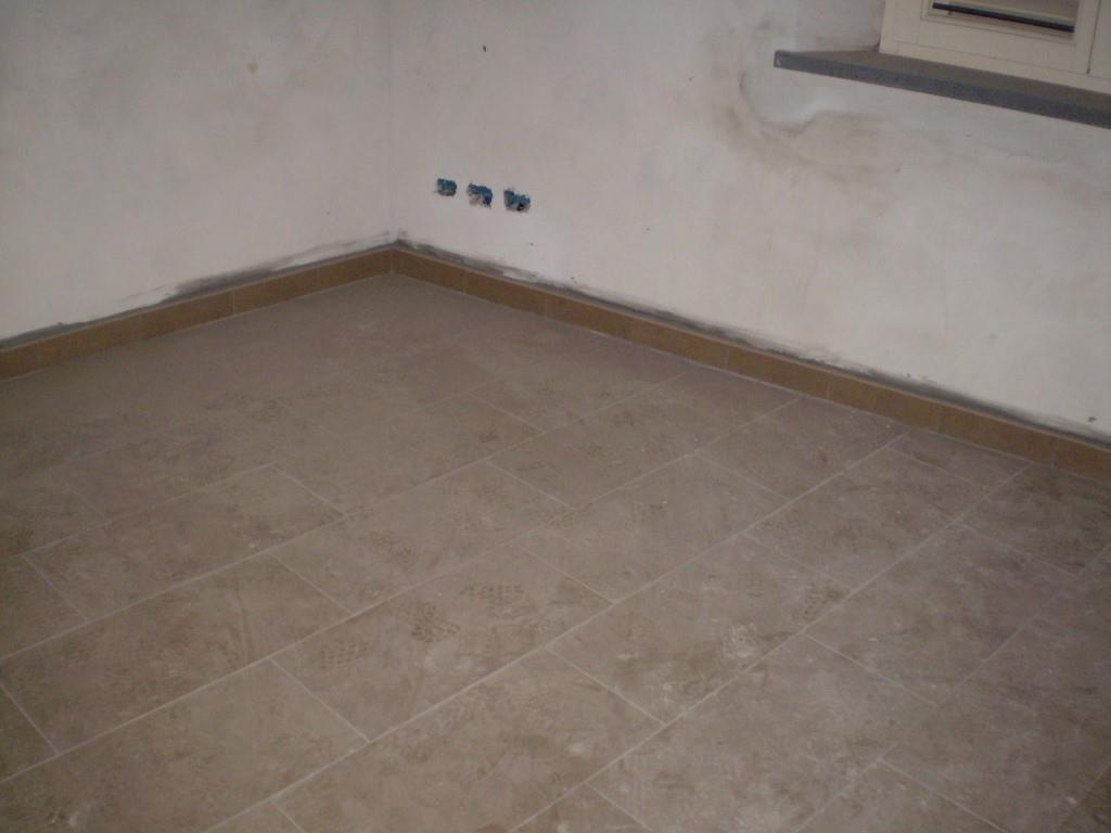 3 Vani MONTECATINI TERME (PT) Appartamento ristrutturato