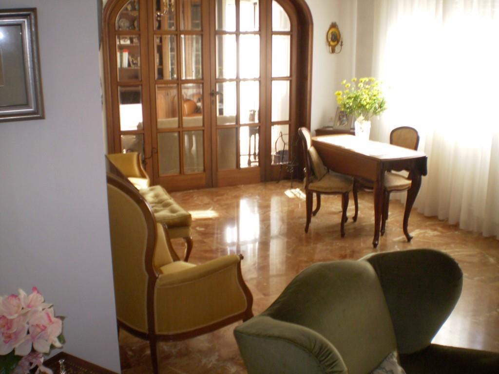 6 Vani ed oltre MONTECATINI TERME (PT) Splendido appartamento panoramico.