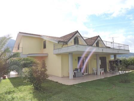 Ville a schiera PIEVE A NIEVOLE (PT) Villa in schiera.