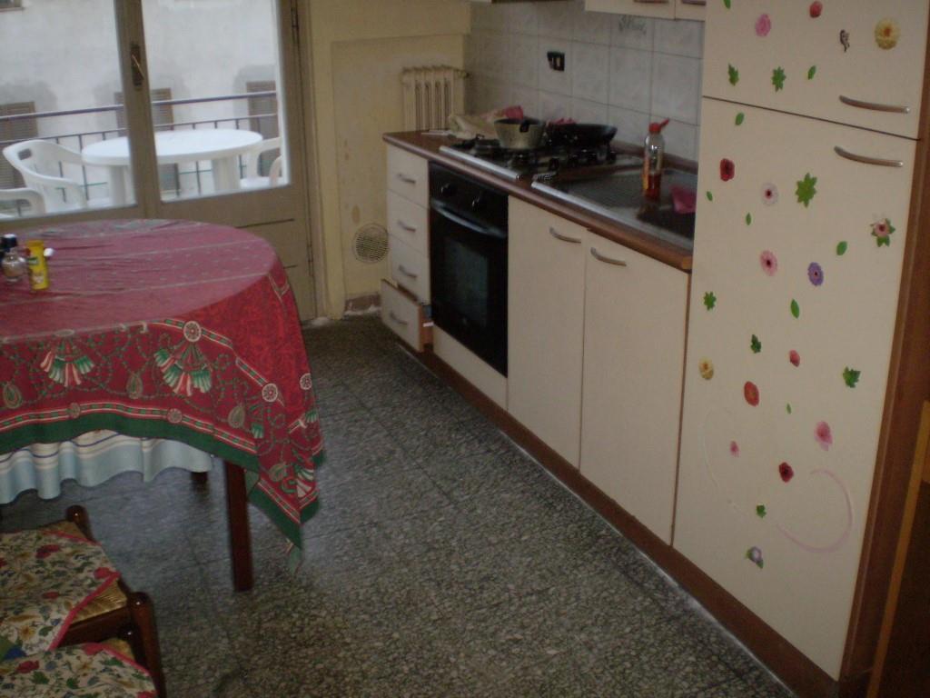 3 Vani MONTECATINI TERME (PT) Appartamento mq 70.