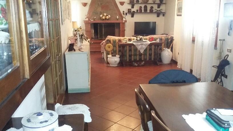 2 Vani UZZANO (PT) Appartamento indipendente con giardino esclusivo.