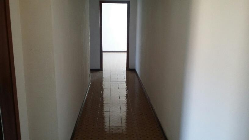 4 Vani MONTECATINI TERME (PT) Panoramico appartamento posto in zona centrale.