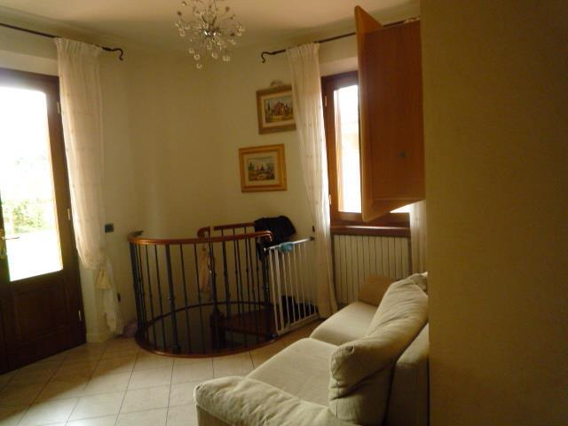4 Vani MONTECATINI TERME (PT) Appartamento posto al piano terreno.