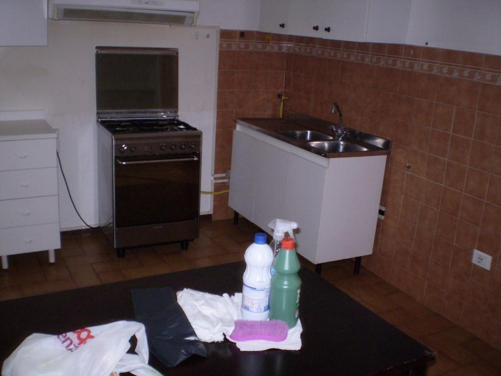 3 Vani MONTECATINI TERME (PT) Appartamento posto al piano secondo.