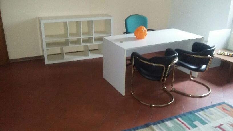 Affitto Commerciale BUGGIANO (PT) Appartamento uso ufficio.