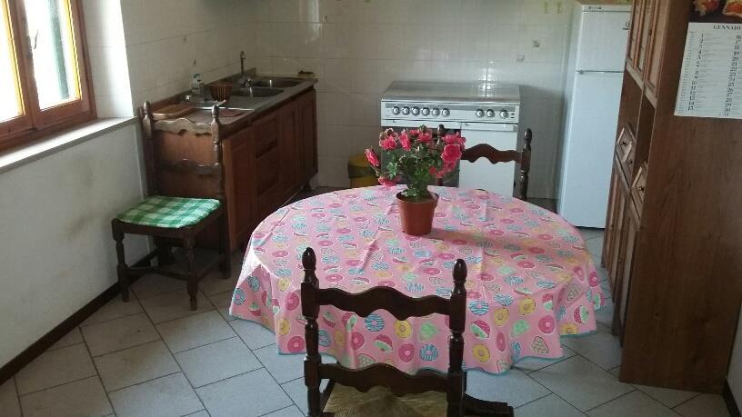 4 Vani PESCIA (PT) Appartamento privo di spese condominiali.