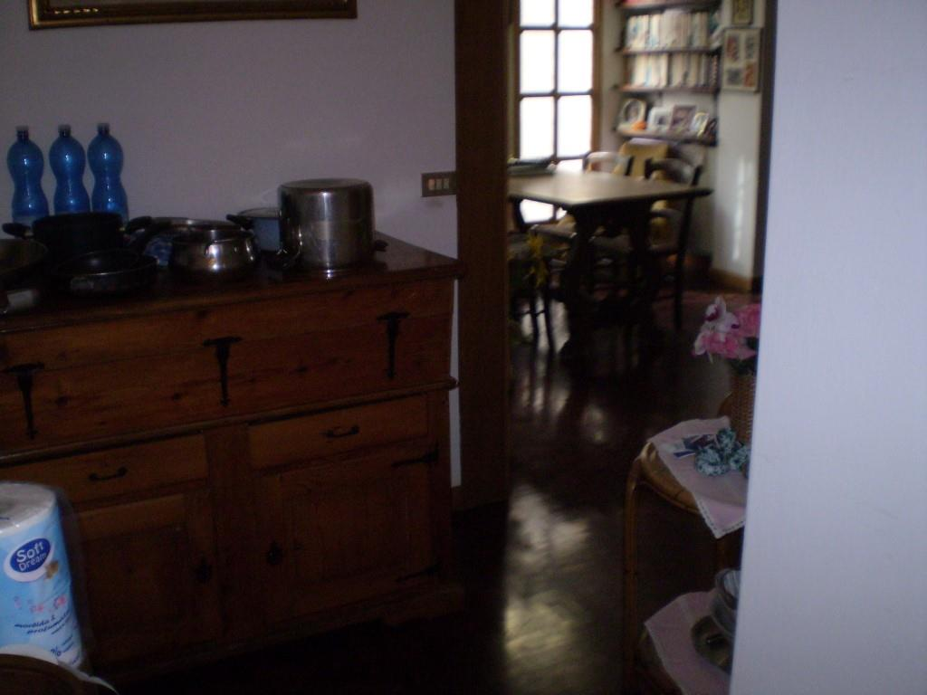 4 Vani MONTECATINI TERME (PT) Appartamento con giardino.