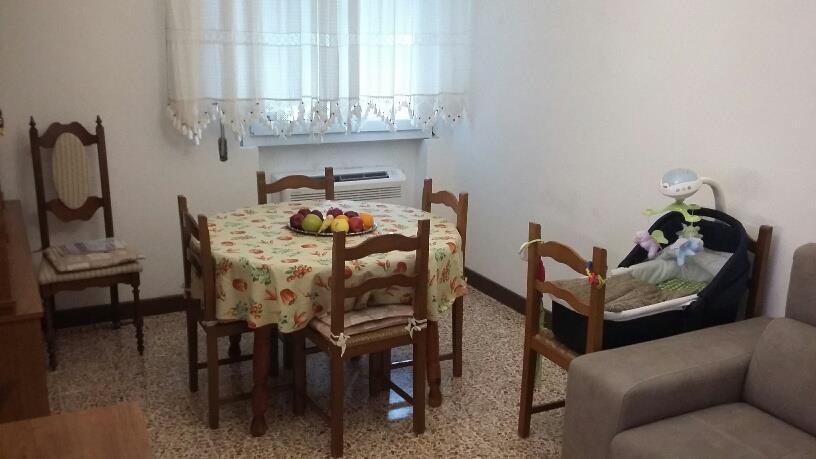 3 Vani MONTECATINI TERME (PT) Ottimo appartamento posto in zona semicentrale.