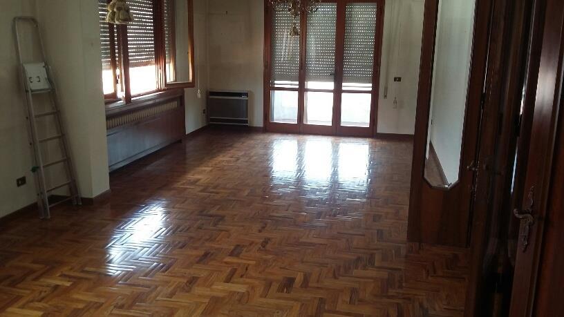 Appartamento MONTECATINI TERME (PT) Appartamento posto al piano ultimo.