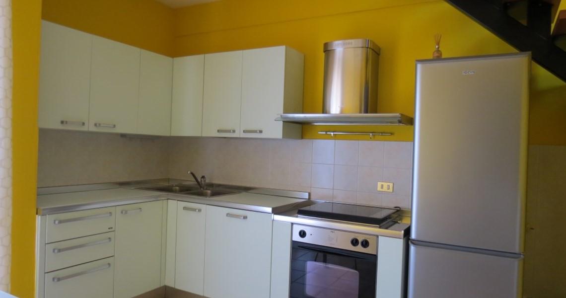 Appartamento tre vani in vendita a Cecina